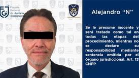 'Conflicto' con Cabal Peniche tiene a Alejandro del Valle en prisión, asegura su hijo