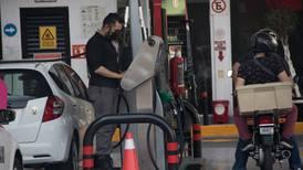 Ojo, te pueden robar tus litros de gasolina desde otro estado: Profeco alerta sobre 'rastrillos' remotos