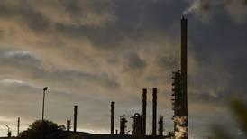 ¿Qué implicaciones para el país tiene el 'trancazo' de Moody's a Pemex?