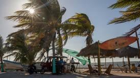 Tormenta tropical 'Néstor' avanza por Golfo de México; prevén lluvias en Península de Yucatán