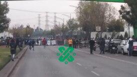 Expolicías federales bloquean circulación en Periférico en Iztapalapa