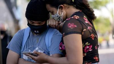 Juez que frenó reforma eléctrica otorga primera suspensión definitiva contra padrón telefónico