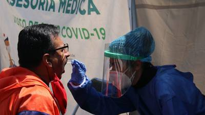 México supera los 860 mil casos de COVID-19; van 86 mil 893 muertes