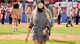 Atleta Alica Ѕchmidt salta al mundo de la moda con Hugo Boss