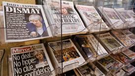 En el Brexit 'tiemblan' hasta los periódicos