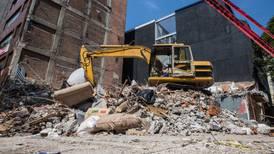 Juez detiene demolición de obra en Periférico Sur