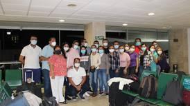 Personal médico de Guerrero viaja a CDMX para reforzar brigada para combatir COVID