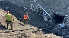 Rescatan cuerpo del cuarto minero tras accidente en Coahuila