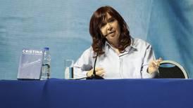Tribunal argentino revoca fallo de prisión preventiva contra Cristina Fernández