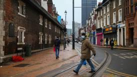 Una muestra de la peligrosa cepa británica del COVID: Uno de cada tres londinenses tienen anticuerpos