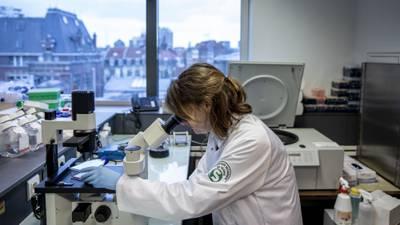 Aprueban 156 países reparto equitativo de la vacuna contra COVID-19