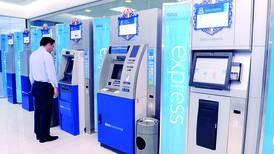 ¿Qué tan necesarios son los anfitriones bancarios?