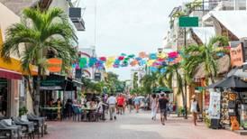 Llegada de turistas internacionales a México cae 22.2 en agosto