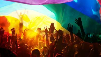 Día Internacional del Orgullo LGBT+: el significado de la bandera más allá del 'arcoíris'