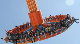 Fiscalía de CDMX pide orden de aprehensión contra adolescente que intentó ingresar arma a Six Flags