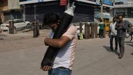 La paciencia se agota en la India: Corte Suprema da un día al Gobierno para solucionar desabasto de oxígeno