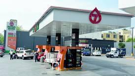 Supera Oxxo Gas a Petro-7 en gasolineras