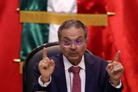 No te preocupes, Pemex: AMLO se 'echa al hombro' amortización de millonaria deuda