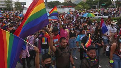 ¡Uno más! Baja California le da el 'sí' a los matrimonios igualitarios