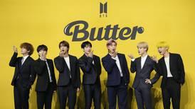 BTS agasaja a su Army en los Kids Choice Awards México