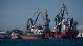 Senado aprueba en lo general ley que permite a la Marina tomar control de los puertos mexicanos