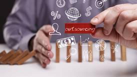 Ley contra outsourcing: advierten que empresas recortarán a 9% de personal