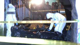 Detienen a dos personas señaladas de abandonar medicamentos robados en Azcapotzalco