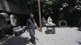 Retiran a Pedro Reyes del proyecto 'Tlali', que sustituirá a Colón en Reforma