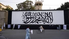 Talibanes izan su bandera en Kabul en vigésimo aniversario del 9/11