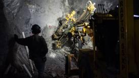 Interesados en sistema de salud de mineros