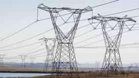 México dejará de percibir 8,000 mdd al 'paralizar' subastas eléctricas, estiman consultoras