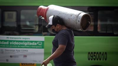 López Obrador 'no ve mal' entregar más permisos de distribución de gas LP