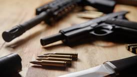 Infracción de tránsito revela mega venta de granadas y armas en Laredo