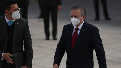 Zaldívar 'rompe silencio' y deja en manos de la Corte extensión de su presidencia