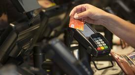 ¿Por qué los bancos sí pueden recortar comisiones? Esto dice la Condusef