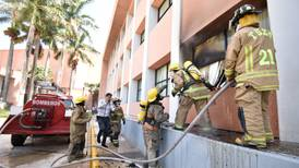 ¡Que vengan los bomberos, pero porque hoy es su día!