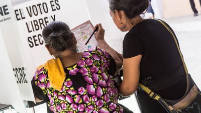 Intelectuales cierran filas contra AMLO: llaman a no votar por Morena