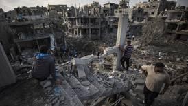 Bombardeos israelís en Gaza incumplieron leyes de guerra: HRW