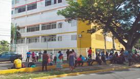 Hospitales privados en Jalisco, caros, saturados y rechazan pacientes