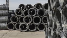 Ventas de las siderúrgicas tocan nivel récord por encarecimiento del acero