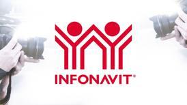 ¿Te dará su 'autógrafo'? El Infonavit ya es 'marca famosa' en México