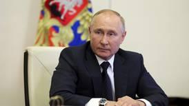 Rusia suspende su misión en la OTAN tras ser acusado de espionaje