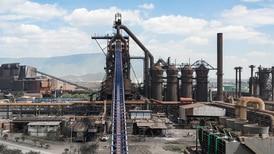 EU y menor valor del acero 'doblegaron' a siderúrgicas en México por primera vez en 3 años