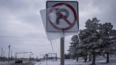 Oscuridad en Texas: cortes de luz por heladas podrían durar días