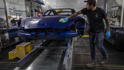 T-MEC: México busca aclarar disputa con EU sobre reglas de origen en sector automotriz
