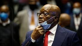 Jacob Zuma, expresidente de Sudáfrica, es sentenciado a 15 meses de cárcel por desacato