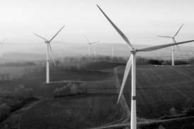 El 'efecto AMLO': México se desploma en lista de países atractivos para invertir en energías limpias