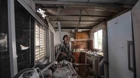 Insurgentes palestinos lanzan proyectiles desde Gaza; Israel responde