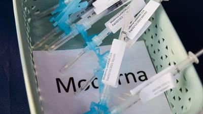 EU prepara otra donación de vacunas para México: serían Moderna y Astra