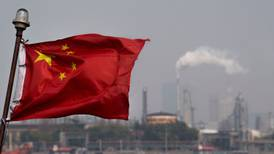 Venezuela exporta a 'escondidas' millones de barriles de crudo a China, pese a embargo de EU